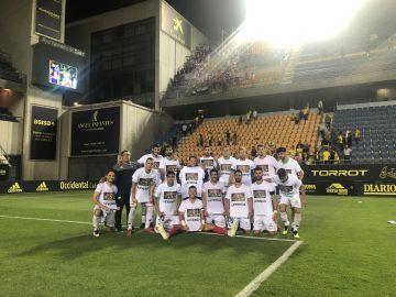 """El Extremadura con las camisetas de: """"Descansa en paz leyenda"""""""""""