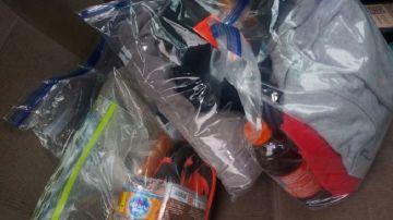 Bolsas de comida e higiene para personas sin hogar