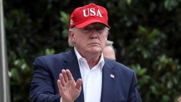 Imagen de Donald Trump entrando en la Casa Blanca