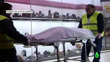 Imagen de archivo del cadáver de una mujer que encontraron en una zapatería de Sabadell