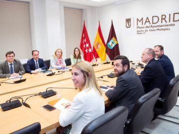 La Alcaldía de Madrid ha sido motivo de desencuentro entre el PP y Ciudadanos, que no se han puesto de acuerdo sobre quién ostentará el bastón de mando.