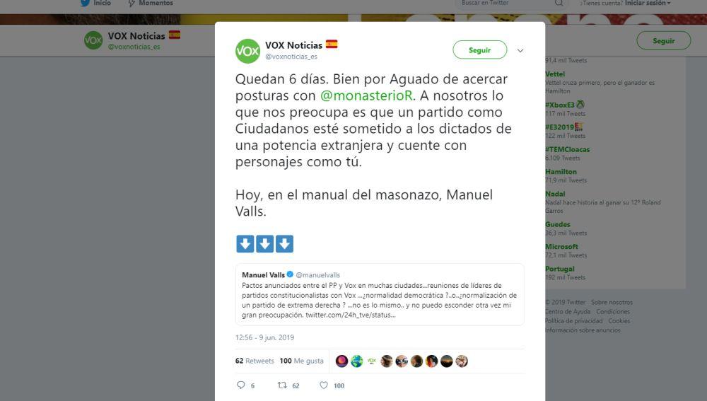 Tuit de Vox contestando a Manuel Valls