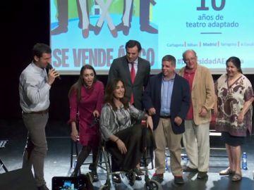 El teatro inclusivo celebra su décimo cumpleaños con el estreno de la obra 'Se vende ático'