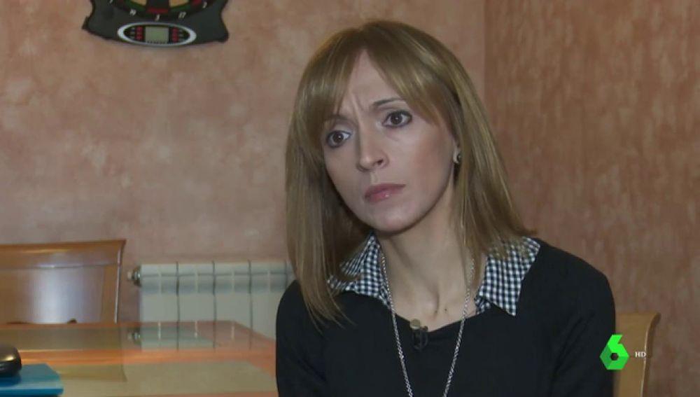 Imagen de una mujer que sufrió cáncer y tras volver al trabajo fue despedida