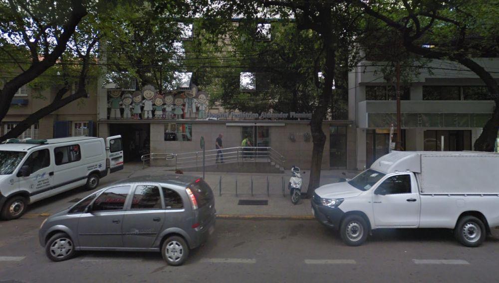 Fachada del hospital Fleming de Mendoza, donde atendieron a la menor