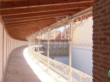 El frontón Beti Jai, tras su restauración