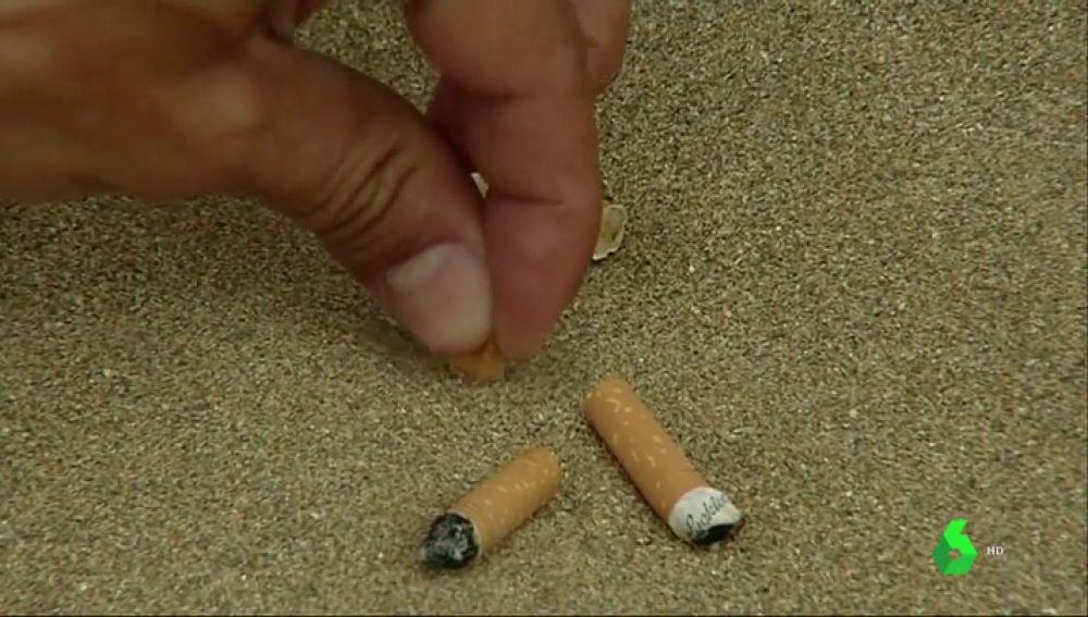 ¿Se debería prohibir fumar en todas las playas españolas?
