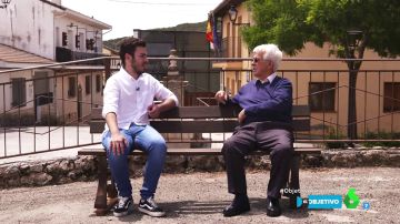 """Un alcalde de 18 años y otro de 86, frente a frente: """"Los políticos profesionales pierden el contacto con la calle"""""""