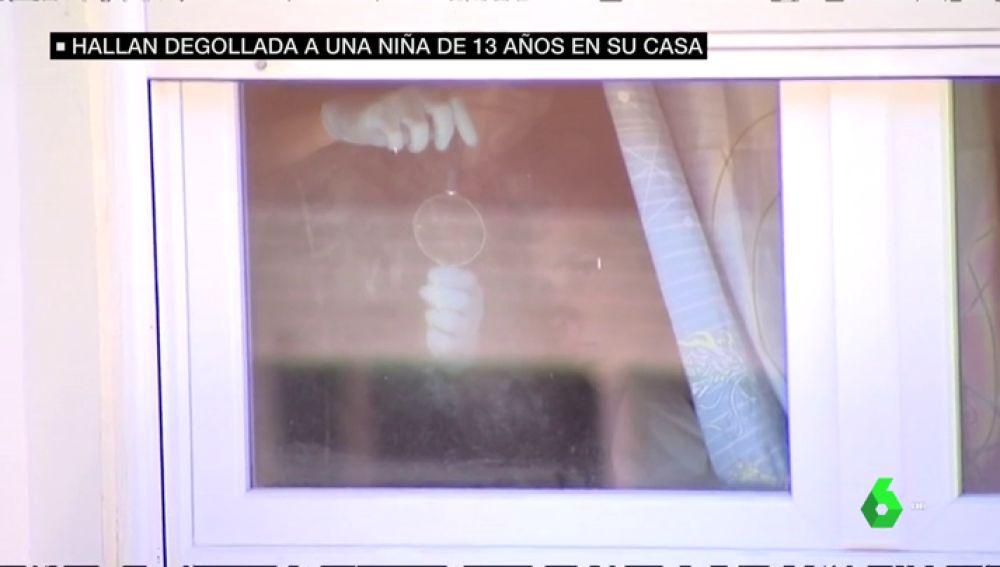Encuentran el cadáver degollado de una niña de 13 años en un piso de Mataró, Barcelona