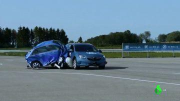 Idean un airbag externo para coches que se anticipa a los accidentes