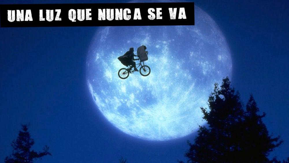 Fotograma de la película E.T.