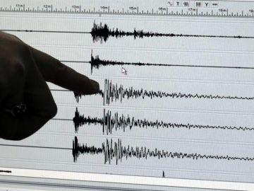 Un terremoto de 6,8 grados Richter castiga el norte de Japón