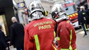 Bomberos en París