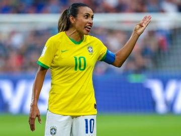 La futbolista Marta, en el partido ante Francia