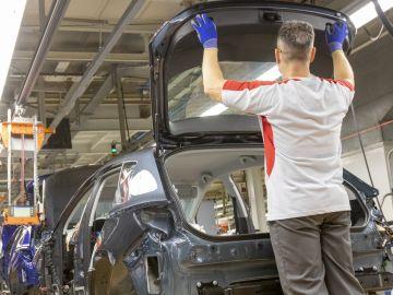 La producción y exportación de vehículos en España sigue en caída libre