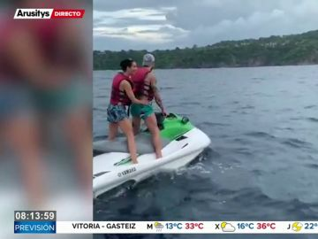 La intrépida luna de miel de Sergio Ramos y Pilar Rubio: de las tirolinas a surfear en Costa Rica
