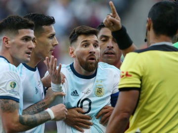 Messi, expulsado ante Chile