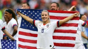 Ertz, con la bandera de Estados Unidos