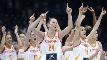 La selección española celebra una victoria