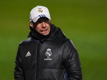 Zidane, durante un entrenamiento del Real Madrid