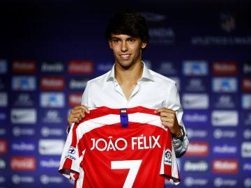 Joao Félix, en su presentación como nuevo jugador del Atlético de Madrid