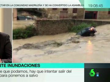 Esto es lo que debes hacer si te encuentras dentro de un coche durante una inundación