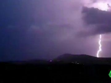 Al menos seis turistas muertos y decenas de heridos por un temporal en el norte de Grecia