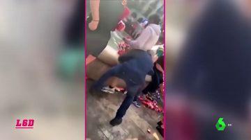 El hooligan de la fuente de Barcelona, expulsado de los estadios
