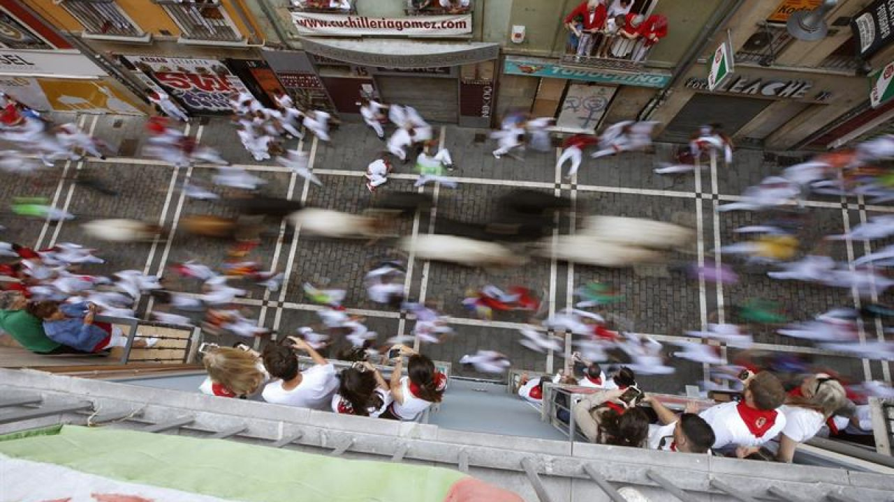 Quinto encierro de San Fermín protagonizado por los toros de Victoriano del Río