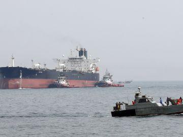 Liberados los cuatro tripulantes del petrolero iraní detenidos en Gibraltar