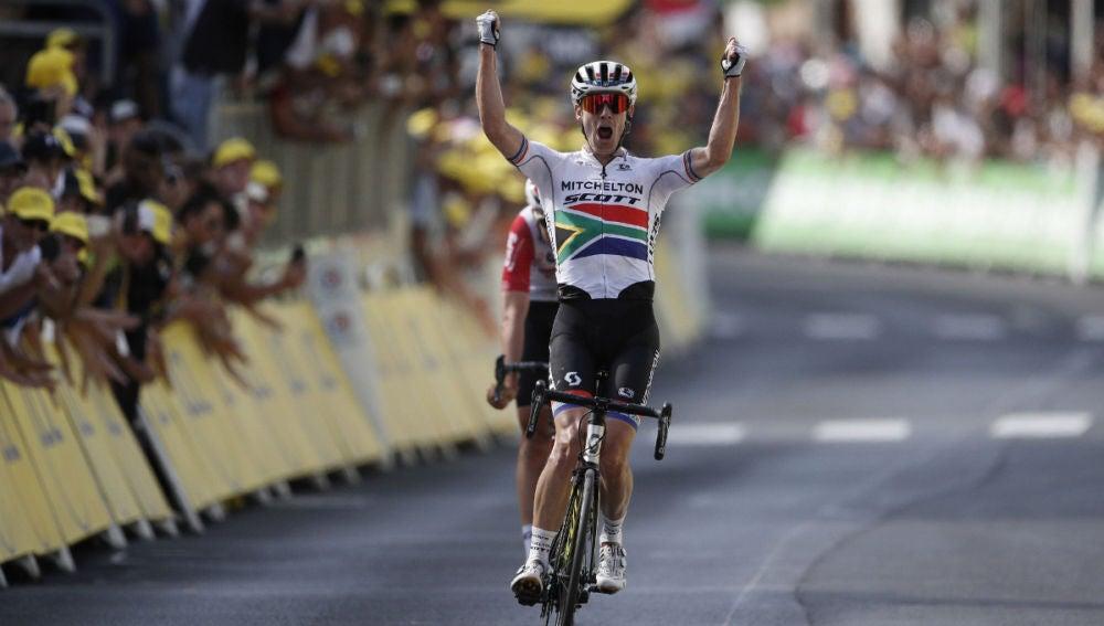 Impey gana una etapa del Tour