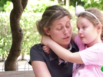 """Ser madre y vivir teniendo esclerosis múltiple: """"Es empezar a vivir y no saber qué va a ser de ti en un futuro"""""""