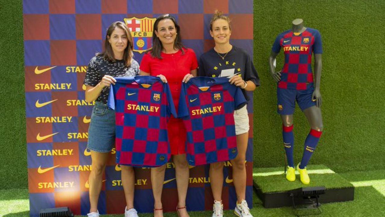 Vicky Losada, Alexia Putellas y Maria Teixeidor