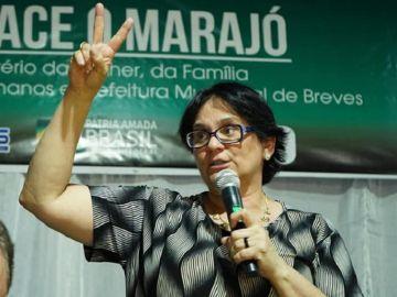 Damares Alves, ministra de la Mujer, Familia y Derechos Humanos en Brasil