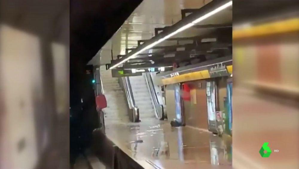 Las lluvias torrenciales se ceban con Barcelona y colapsan la ciudad