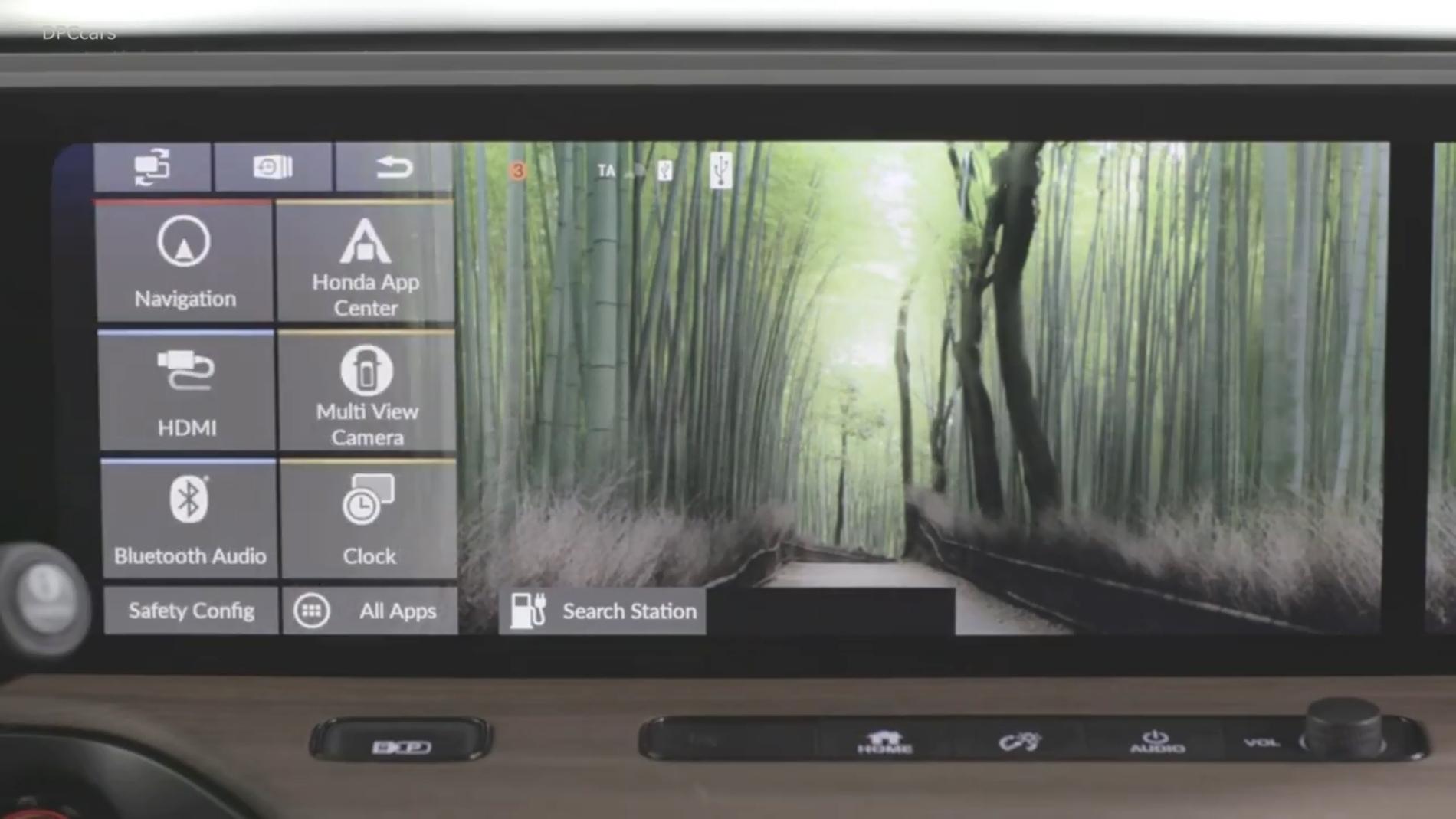 Honda E interior pantallas