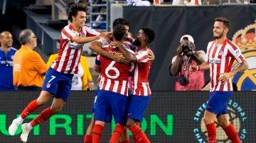 Jugadores del Atlético en el derbi con el Madrid