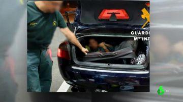 La Guardia Civil rescata a una mujer que intentaba entrar en España oculta en una maleta