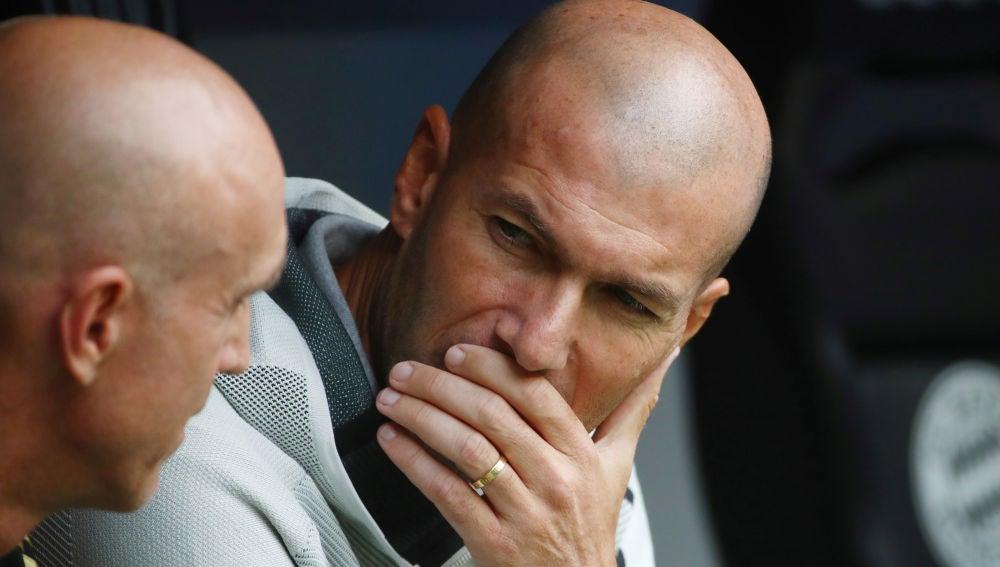 Zidane, durante el partido contra el Fenerbahce