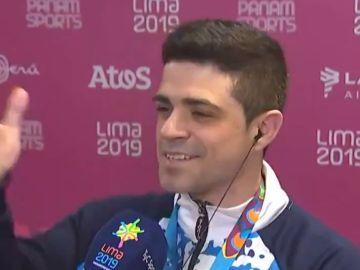 Molinari pide a su novia que se case con él