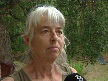 """Habla la vecina que socorrió a la mujer secuestrada por su expareja: """"Le había clavado un cuchillo debajo del pecho"""""""