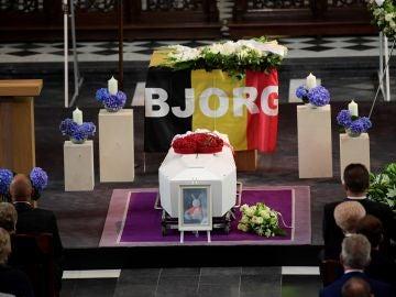 Imagen del funeral de Lambrecht