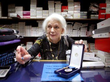 Dolores Agra Rodríguez, Loli, la mujer que más años ha cotizado en España