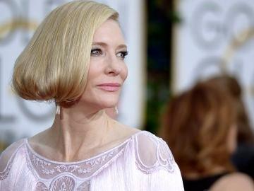Cate Blanchett en la Alfombra Roja de los Globos de Oro.