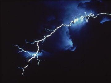 Imagen de archivo de un rayo