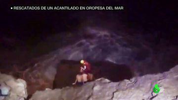 Rescatan a tres menores que quedaron atrapados en un peligroso acantilado de Castellón