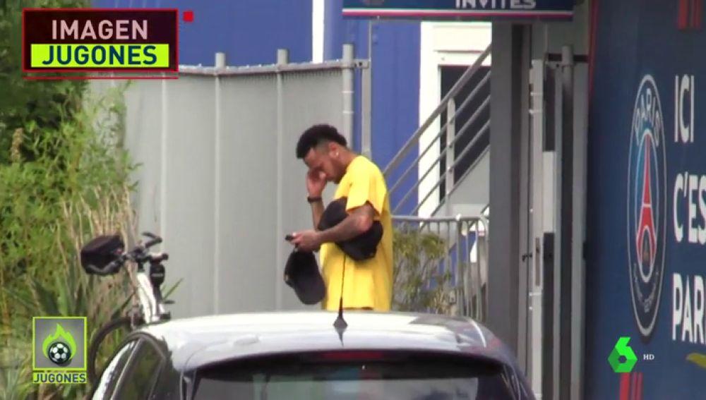 Neymar, apartado por el PSG: su cara le delata