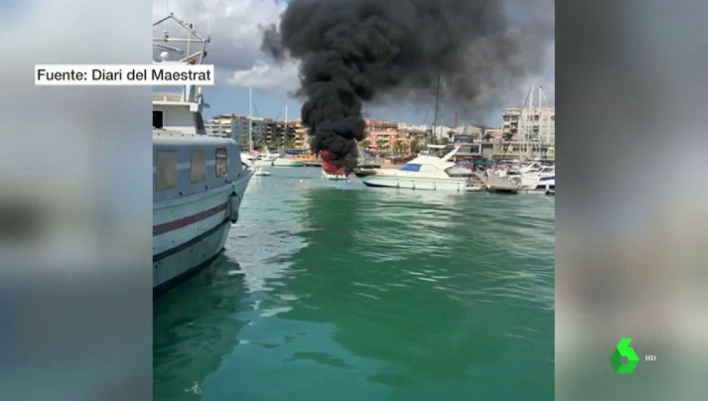 Seis heridos en el incendio de un barco de recreo en el Náutico de Benicarló