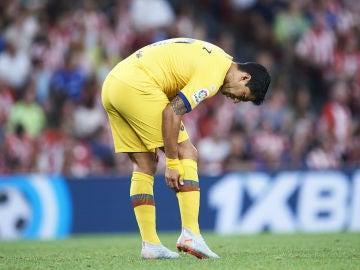 Luis Suárez, dolorido