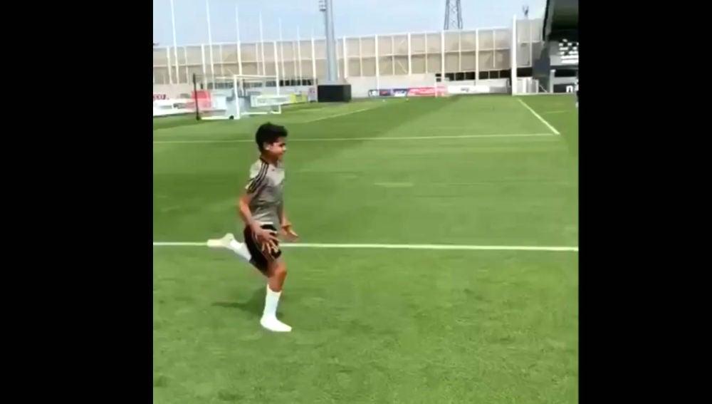 Cristiano Jr, entrenándose con la Juventus